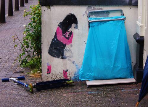 street art girl roller