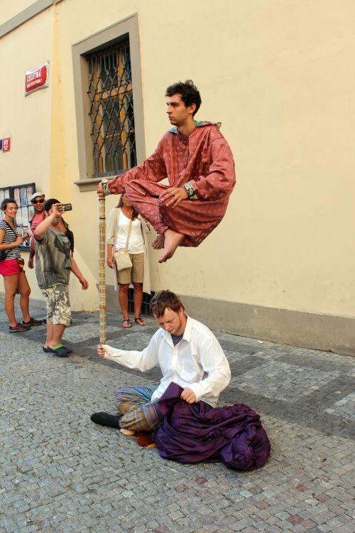 street artists magician artists