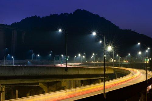 street lamp  tracks  mountain
