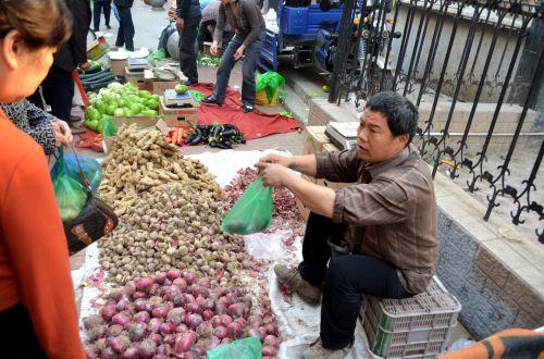 Street Market (b)