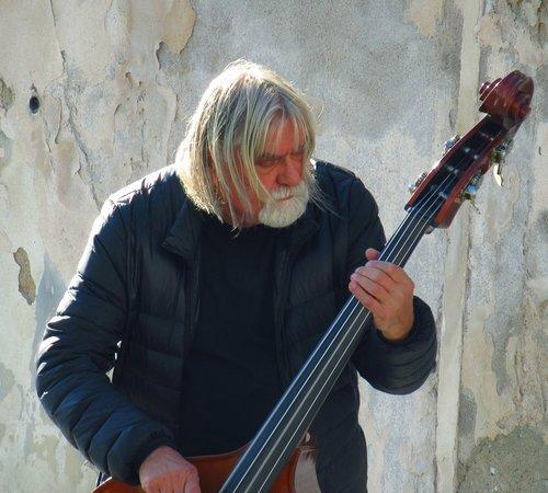 street musician  prague  street