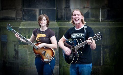 street performers edinburgh fringe singers