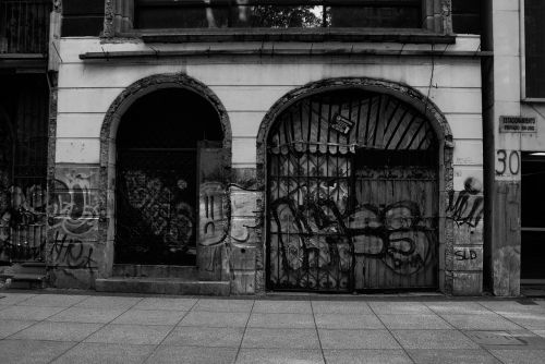 street photography street graffiti