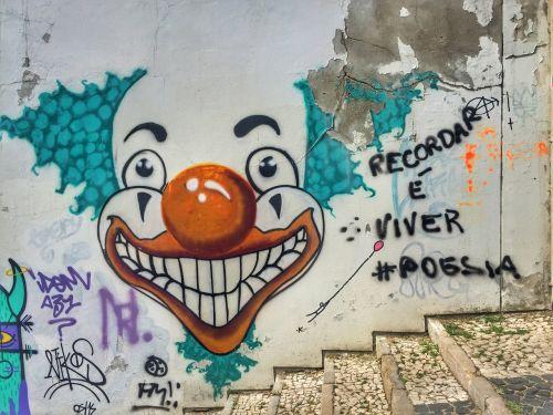 streetart trip clown