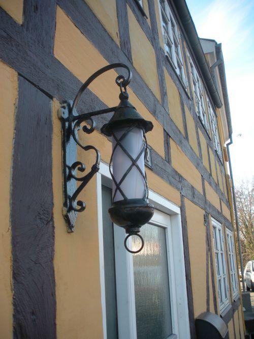 streetlamp lights lamp