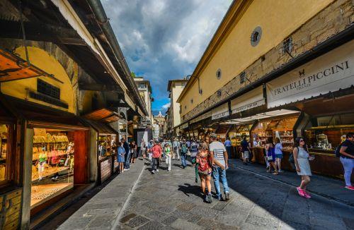 Stroll Along The Ponte Vecchio