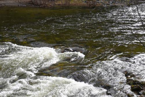 upė, slenksčiai, stiprus, žalias, vanduo, girtas, josemitas, gamta, vaizdingas, fonas, nacionalinis & nbsp, parkas, stiprus upės srovė
