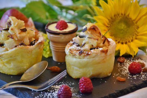 strudel apple strudel apple muffin