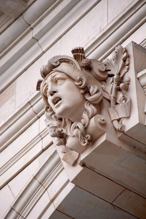 stucco facade ornament