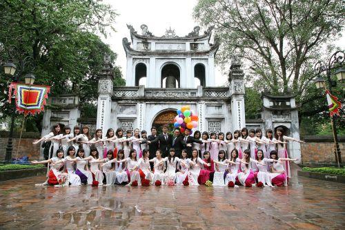 students graduates group