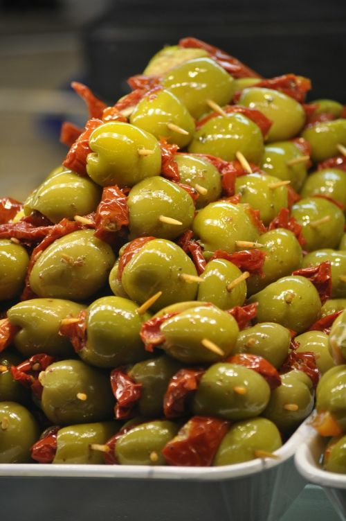 stuffed olives filling olives
