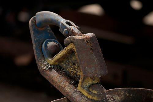 stumbling block braking device railway