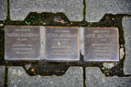 stumbling blocks nazi crimes jews