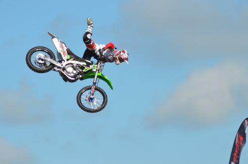 stunt riding motorbikes danger