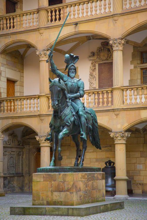 stuttgart elder equestrian statue