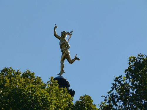 stuttgart statue bronze