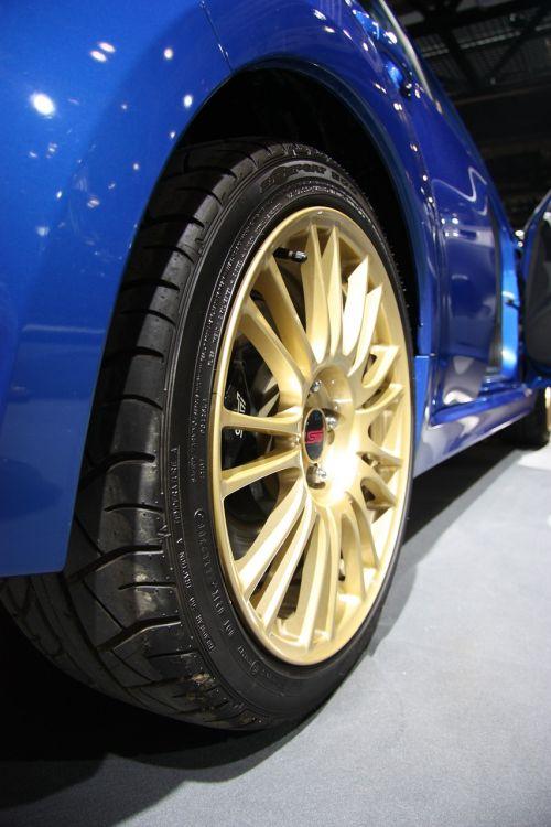 subaru tire racing