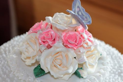 sugar craft sugar icing roses