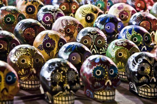 sugar skulls culture painting