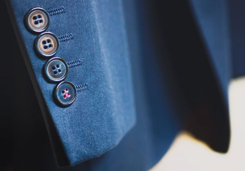 suit buttons blazer