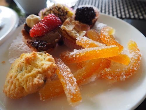 suites dessert sweet