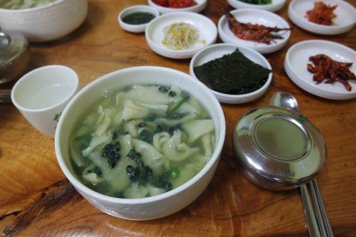 sujebi korean food bob