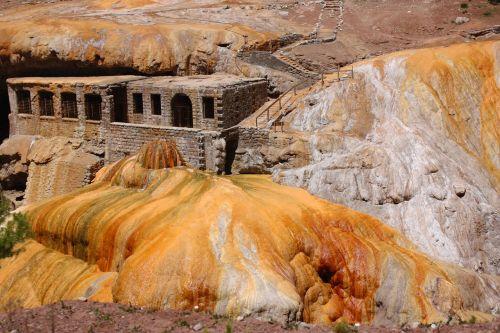 sulphur puente del inca mendoza
