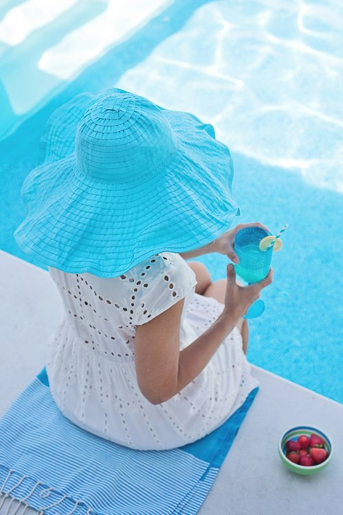 summer  pool  hat