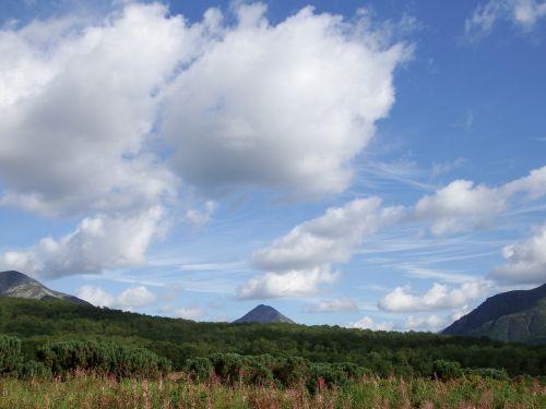 vasaros kraštovaizdis,dangus,debesys,kalnai,miškas,gamta,vasara,kelionė,kamchatka
