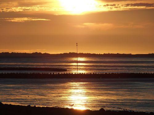 sun watts north sea
