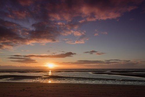 sun  sea  beach