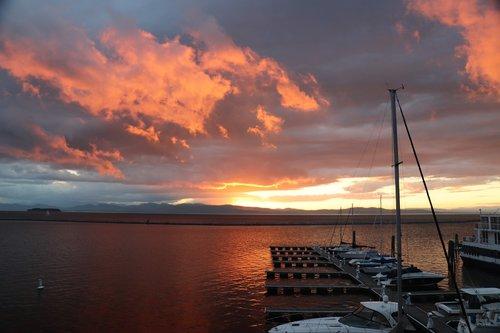 sun  sky  lake