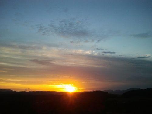 sun sunbeam sunrise