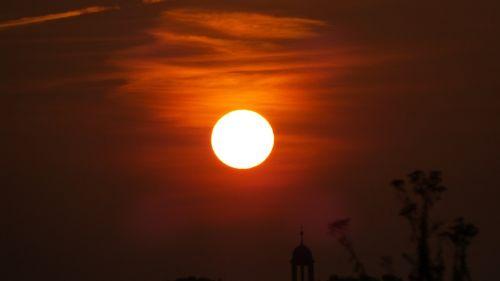 sun fireball sunrise