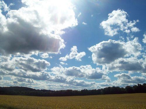 sun clouds macedon
