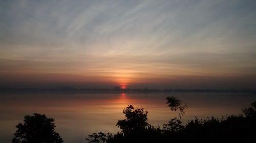 sun early morning sunrise