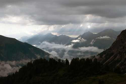 sunbeam,ladurns,edelweiss hut,south tyrol,panorama,mood,silent,rock,forest,mountains,alpine,view,clouds,fog