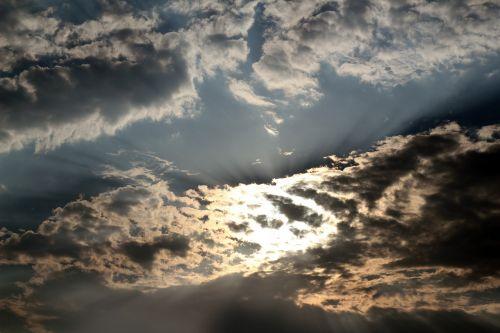 sunlight sunrays rays