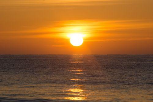 gražus & nbsp, saulėtekis & nbsp, per vandenyną, jūra, juros, vandenynas, vandenynai & nbsp, peržiūra, vaizdas, kraštovaizdis, papludimys, rytas, anksti, Northumberland, saulė saulėtekis & nbsp, jūra & nbsp, vasara & nbsp, oranžinė, gamta, saulėtekis