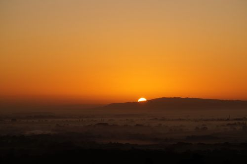 sunrise morning mist