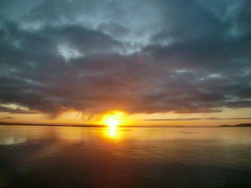 sunrise morgenrot sea