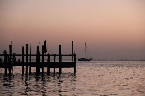 sunrise sea web
