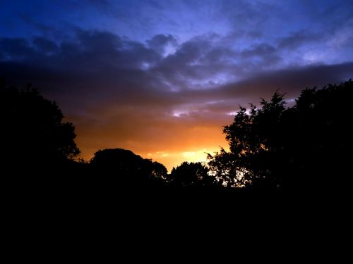 sunrise skies morgenrot