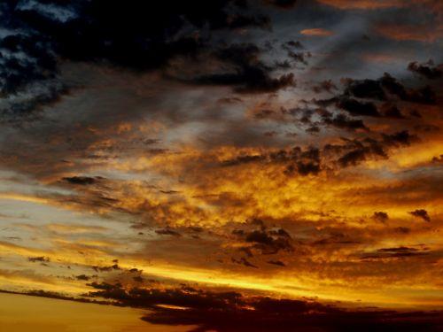 sunrise dramatic morgenrot