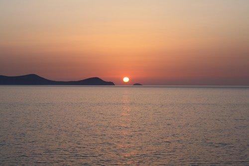 sunrise  dia island  crete