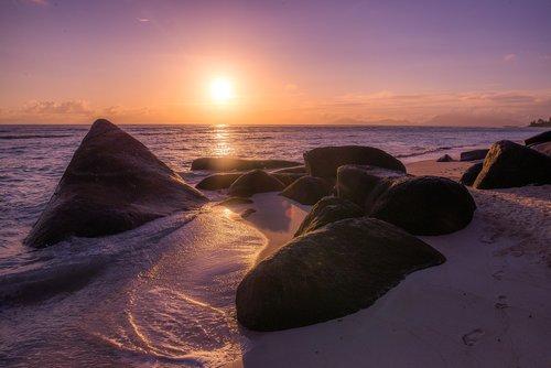 sunrise  beach  seychelles
