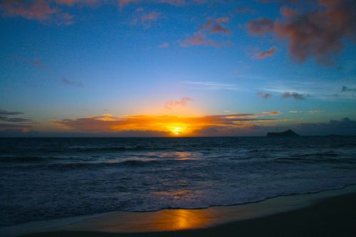 sunrise hawaii ocean