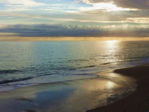sunrise on ocean vero beach fl