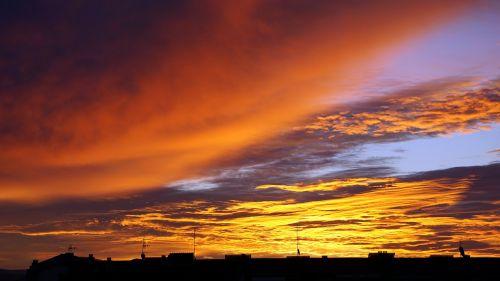 sun's rays sun dawn