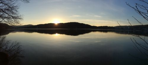 sunset lake rest